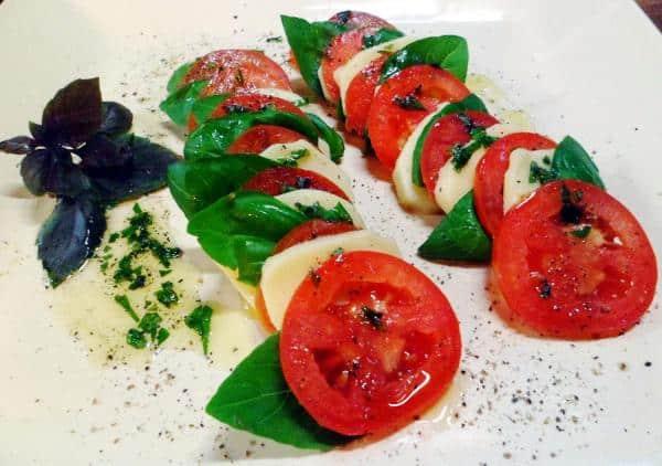 Salada caprese tradicional