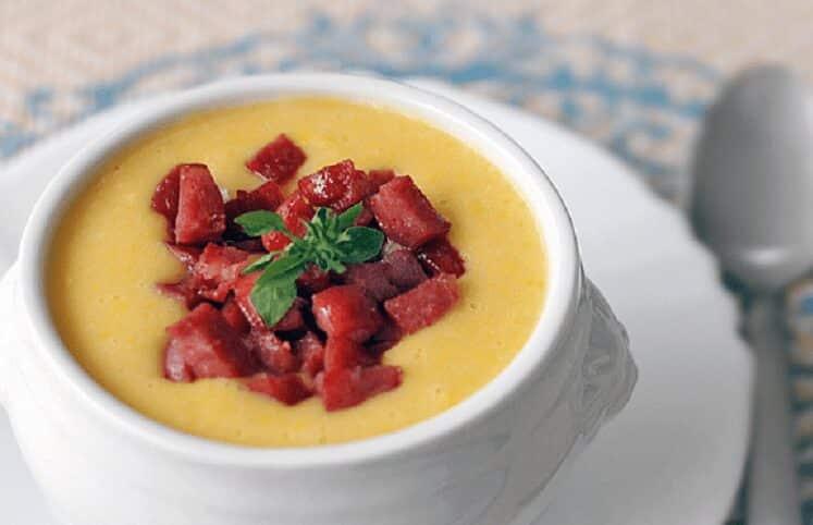 Sopa cremosa de vegetais