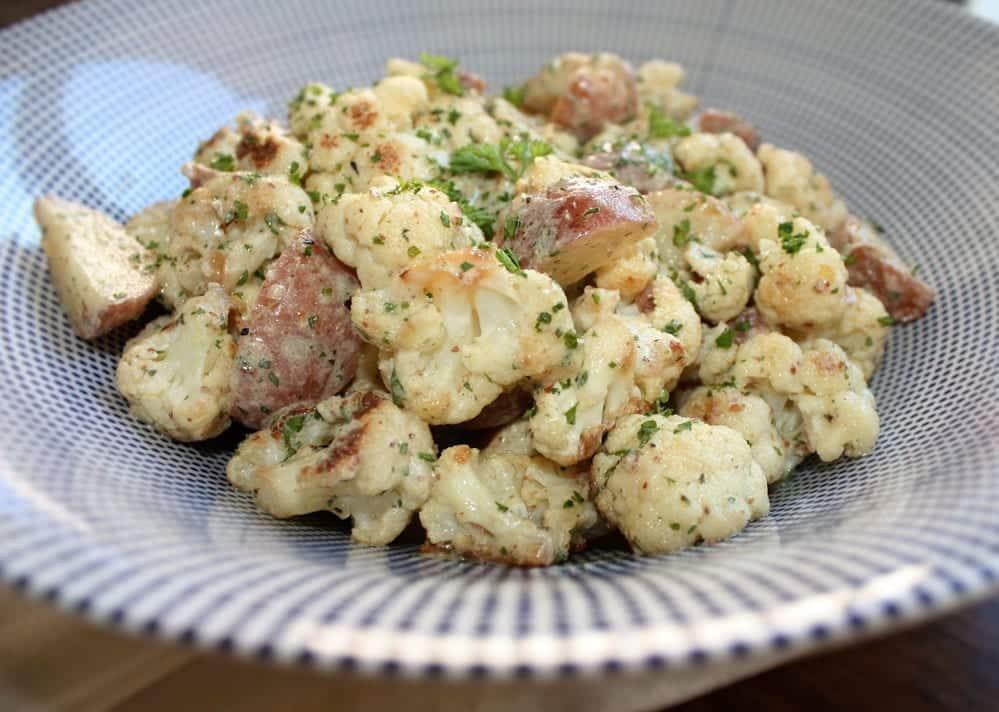 Batata assada com creme de couve-flor