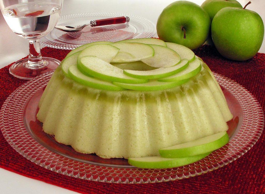 Receita de mousse de maçã verde com iogurte
