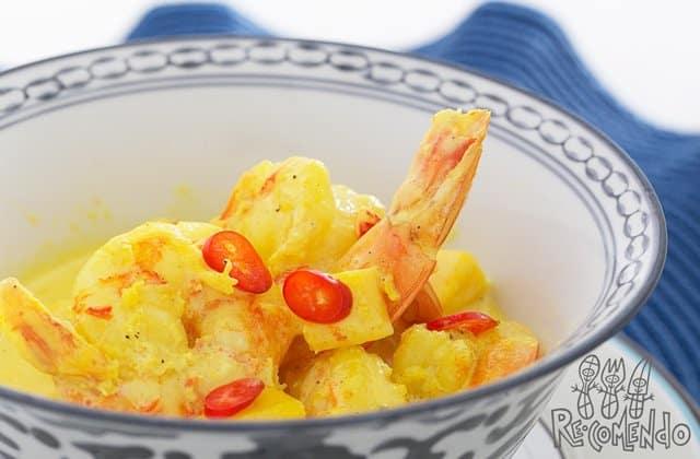 """Receita de crepes de camarão ao molho de """"curry"""""""
