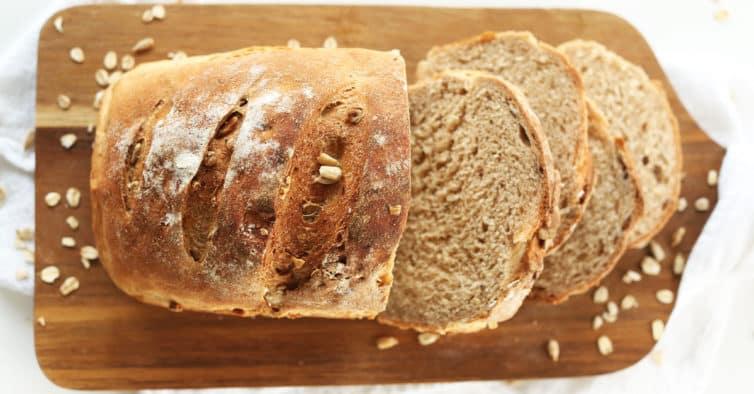 Receita de pão de forma tradicional sem glúten